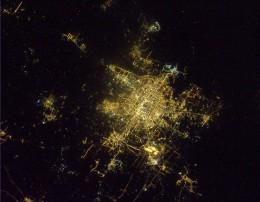 Это Пекин, NASA / ESA, интересно, как бы выглядела Москва…
